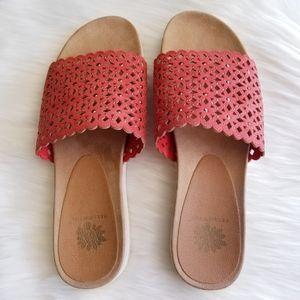 Yellow Box Praise Sandals Size 9